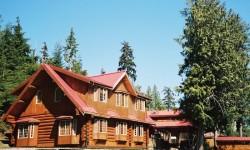 ts-Alaskas-Boardwalk-Lodge